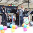 """Moderator Jürgen Karney und The Rattle Storks auf dem 65-Jahre Jubiläumsfest der WBG """"Treptow Nord"""" eG"""