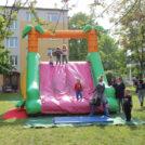 """Hüpfburg für Kinder auf dem 65-Jahre Jubiläumsfest der WBG """"Treptow Nord"""" eG"""