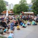"""Viel Publikum auf dem 65-Jahre Jubiläumsfest der WBG """"Treptow Nord"""" eG"""